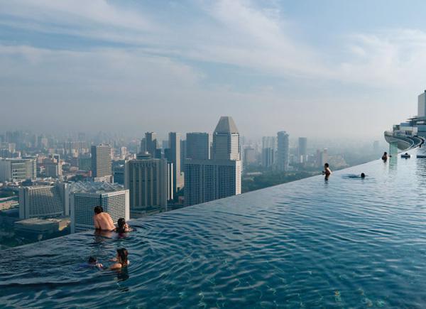 有钱任性!世界上最奇葩的游泳池
