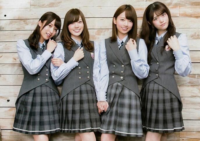 乃木坂46拍制服写真 清纯可爱展少女风采