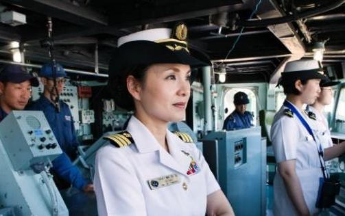 日本第一位护卫舰女舰长:大谷三穗