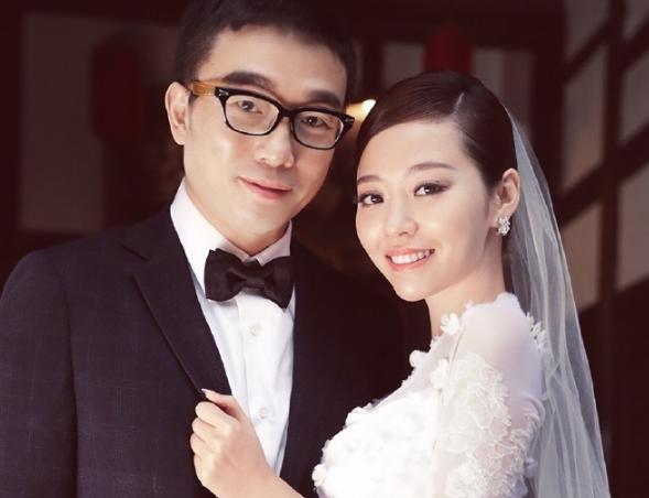 张靓颖冯轲婚纱照