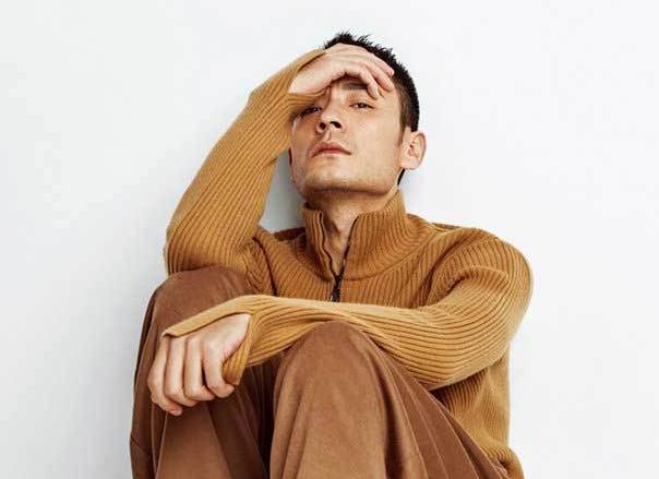 长腿型男李光洁时尚大片 演绎文艺范儿暖男