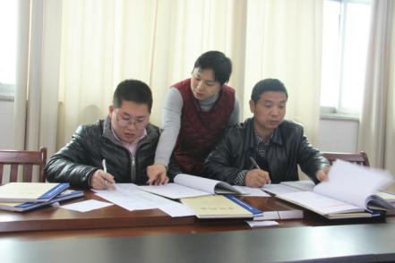 信州:开展交叉检查 提升案件审理工作质量