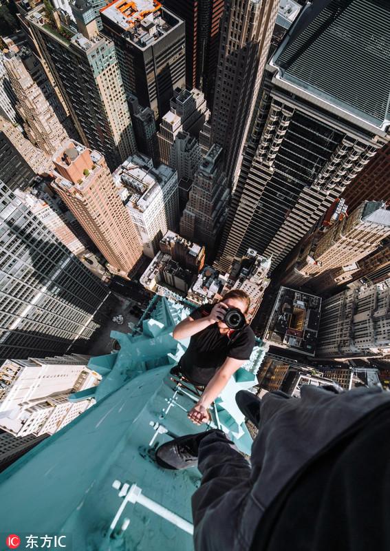 玩命角度!摄影师高楼顶俯拍纽约美景