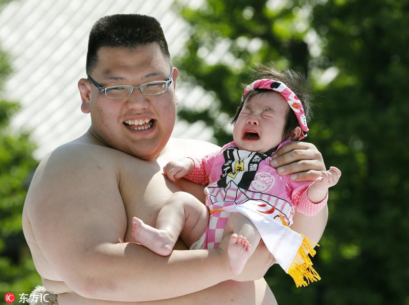 """心疼宝宝一万点!日本举行""""婴儿啼哭大赛"""""""