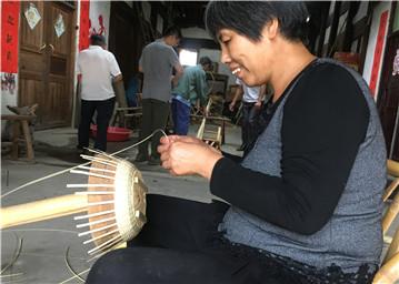 展示传统竹编技艺