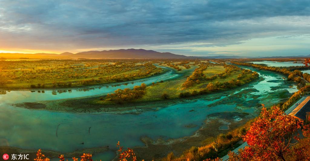 乌苏里江国家森林公园秋色