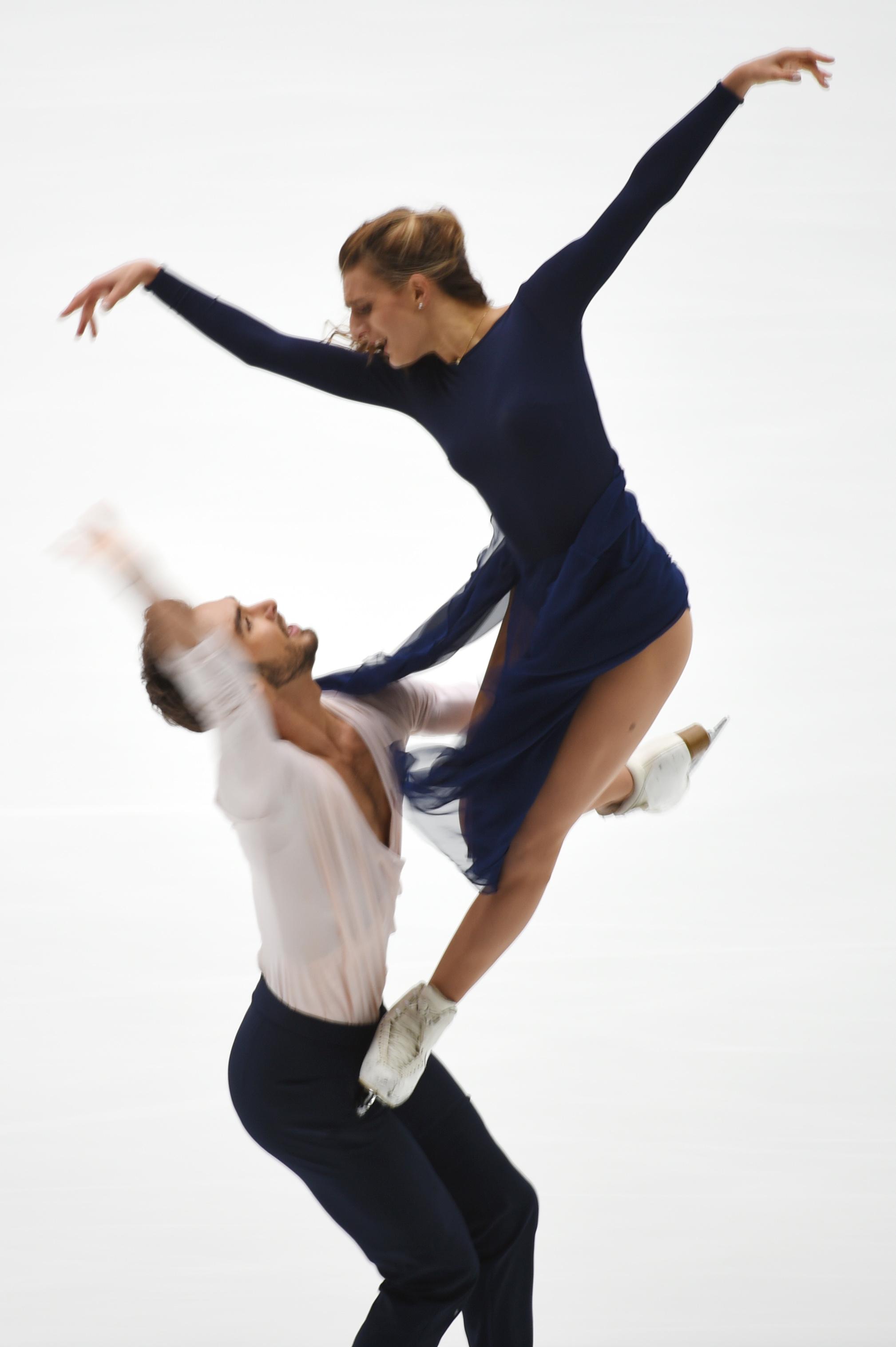 花样滑冰——中国杯:法国组合帕帕扎基斯/西泽龙获冰舞冠