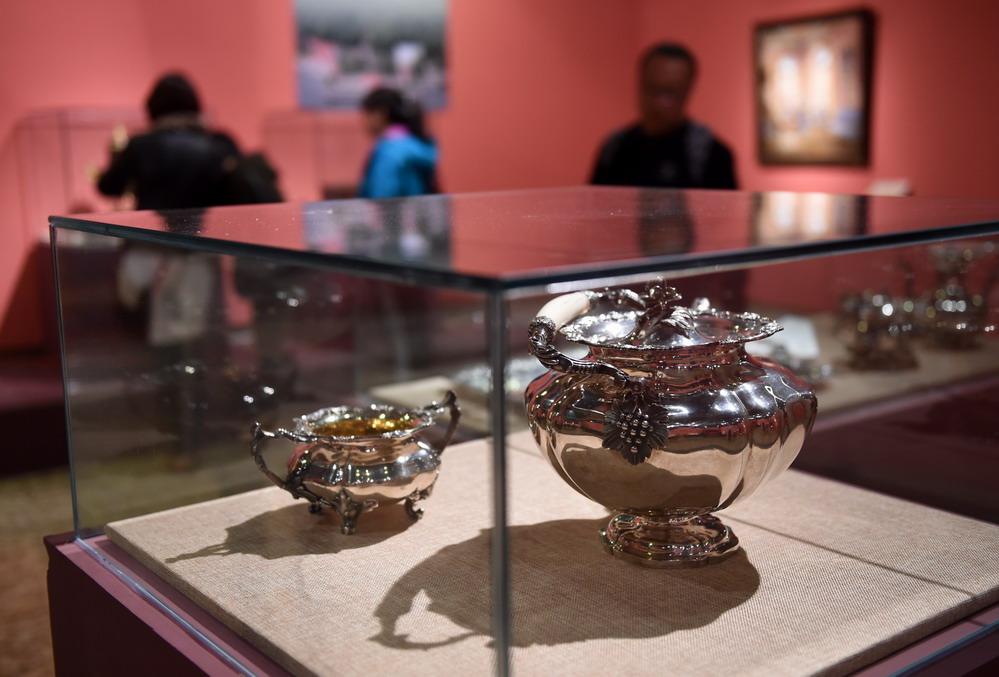 俄罗斯彼得霍夫国家博物馆馆藏文物特展在京展出