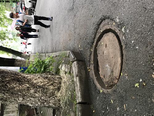 堵塞窨井已被疏通
