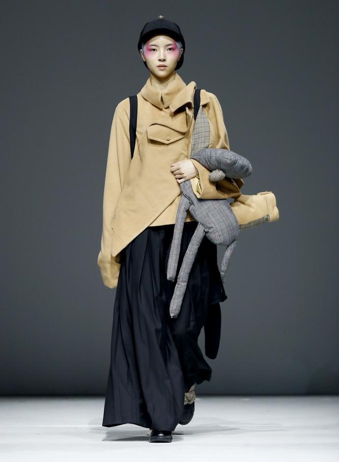 常州纺织服装职业技术学院在京举行时装发布会