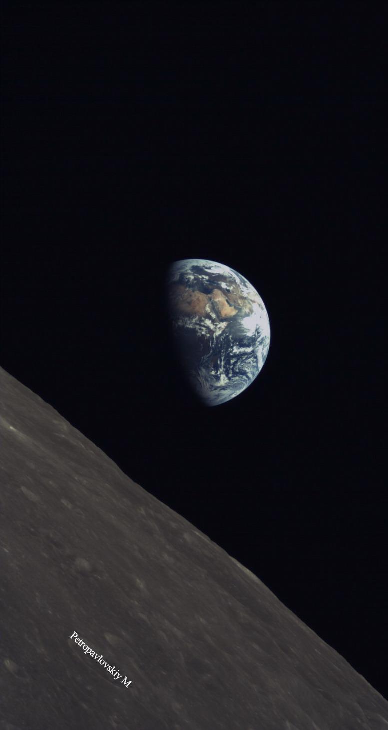 嫦娥四号中继星47千克微卫星发回月球照片