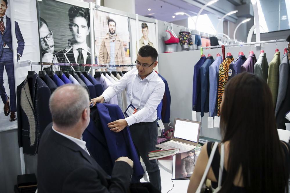 第十九届中国纺织品服装贸易展览会在纽约开幕