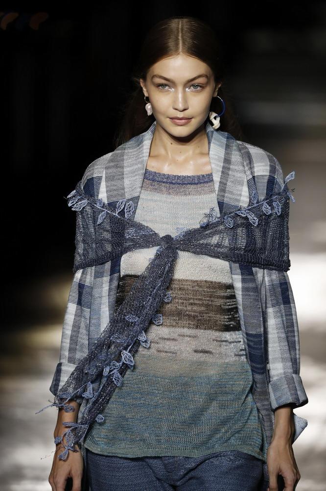 米兰古装周:米索尼公布2019春夏新品