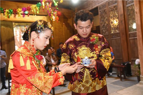洋人的中式婚礼