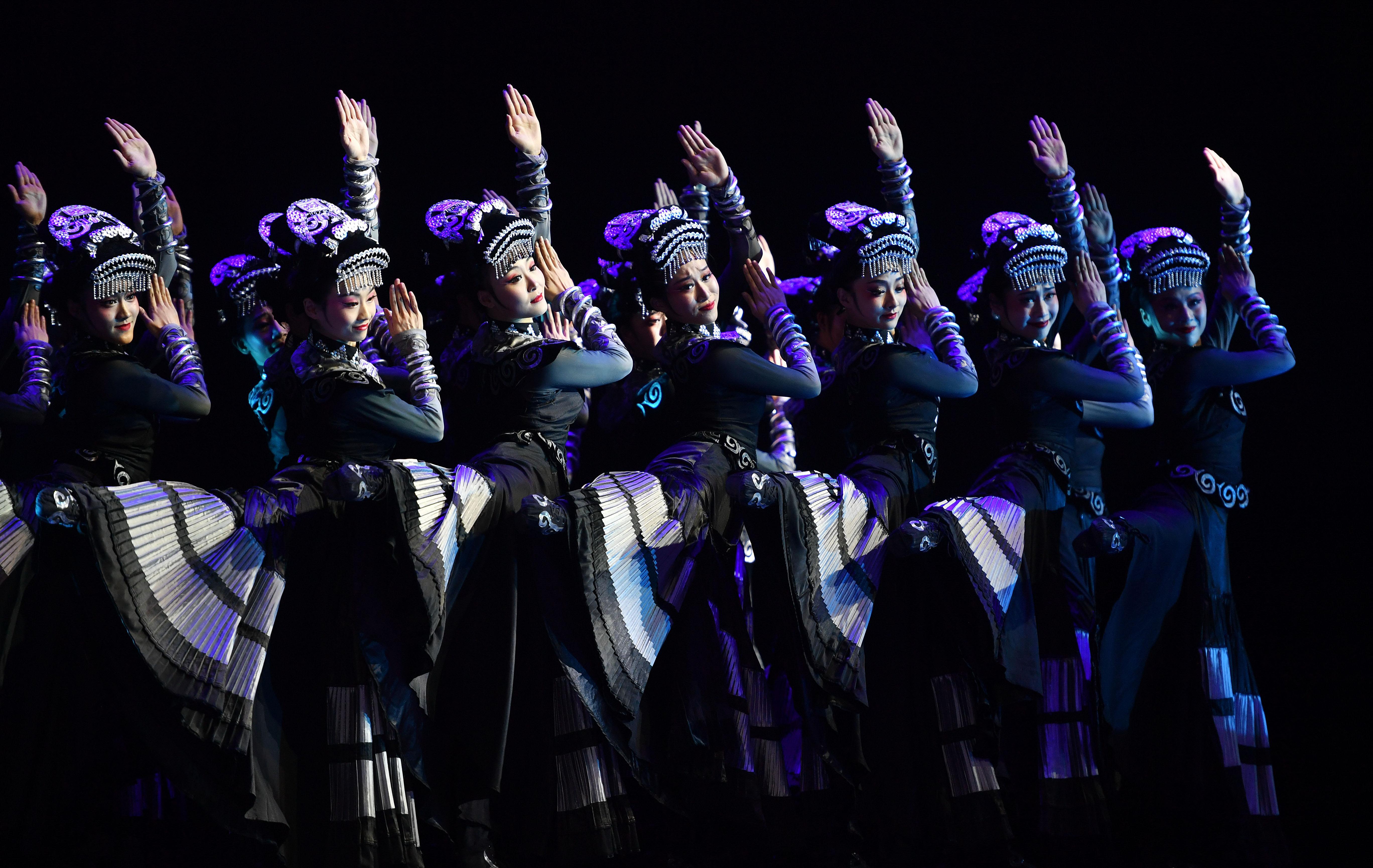 """第11届中国舞蹈""""荷花奖""""颁奖盛典在海口举行"""