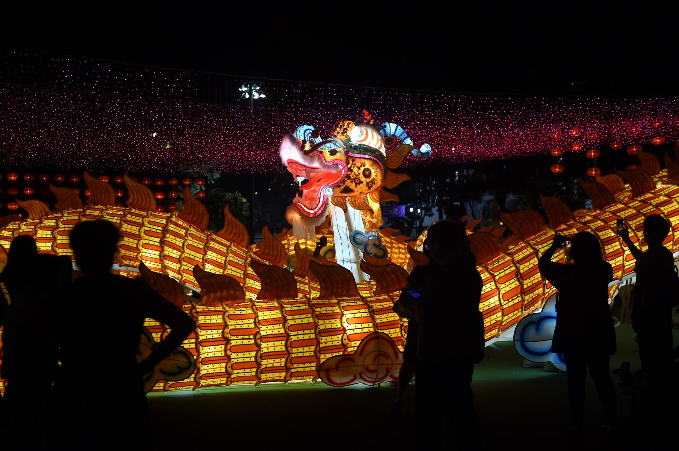 香港举办中秋彩灯会