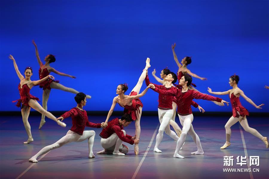 世界芭蕾经典《珠宝》在京上演