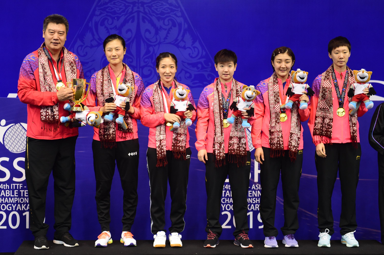 亚锦赛:中国女队夺团体冠军