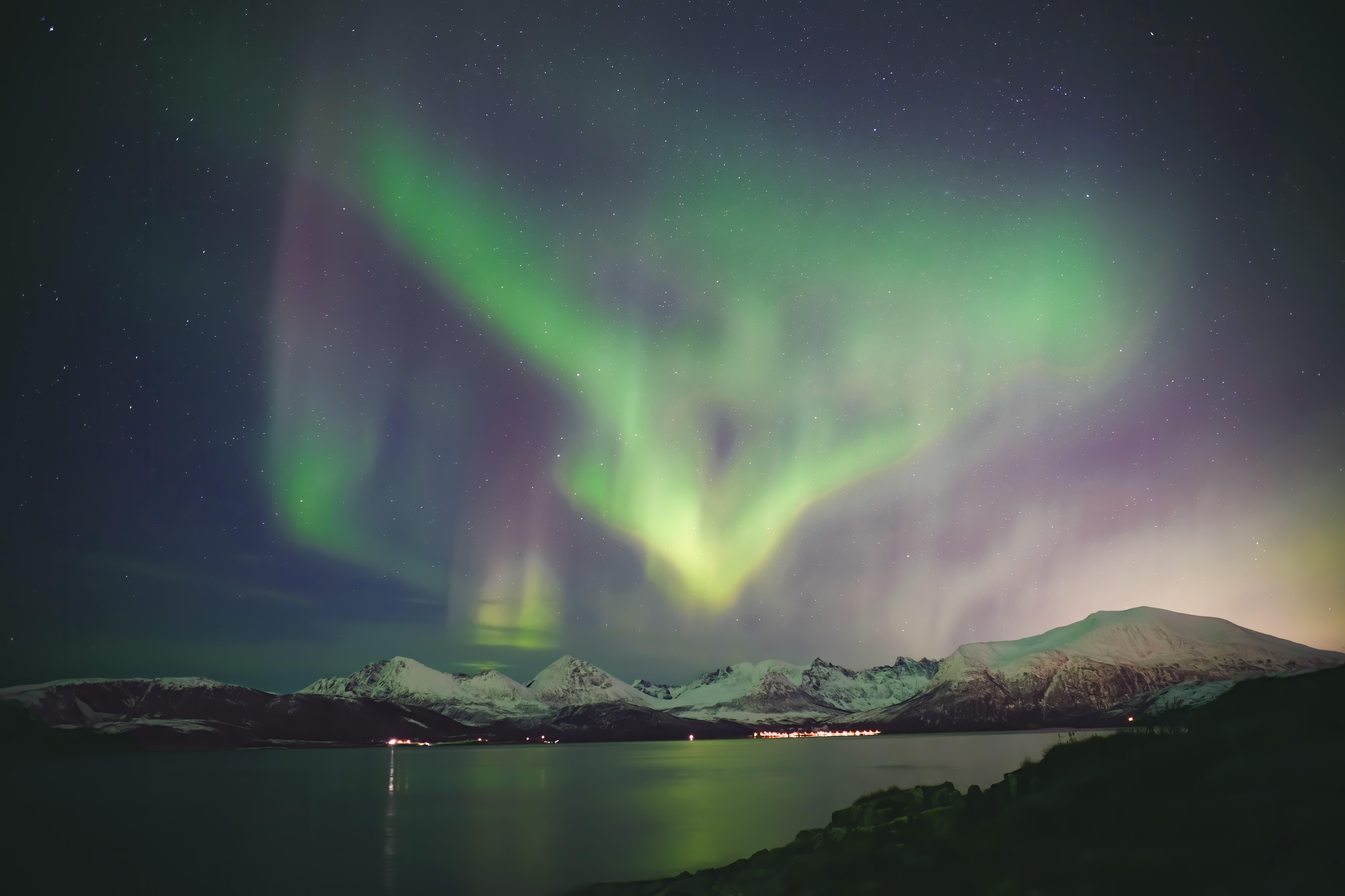 绚烂北极光