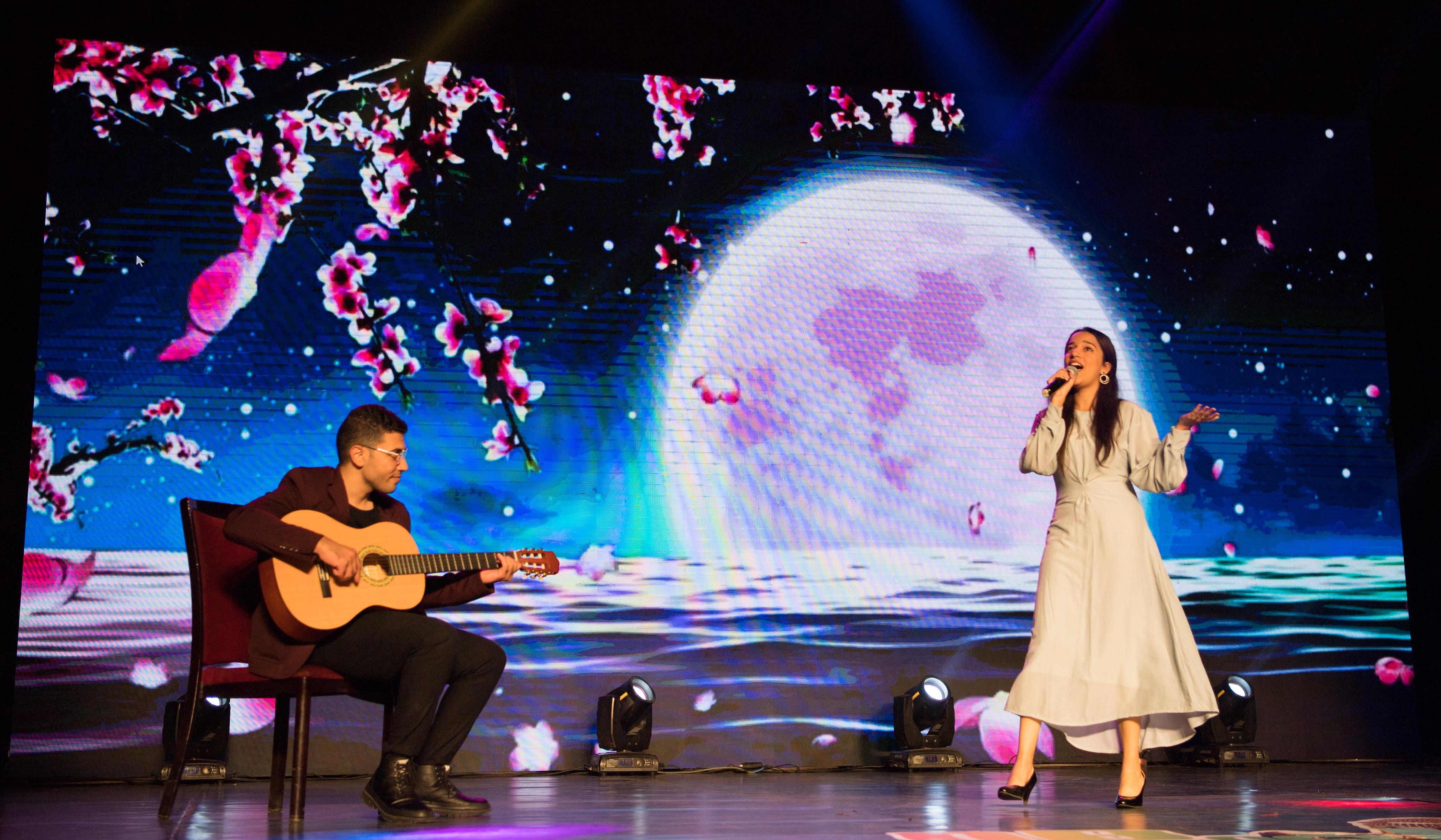 """""""唱响埃及""""华语歌曲大奖赛决赛在开罗举行"""