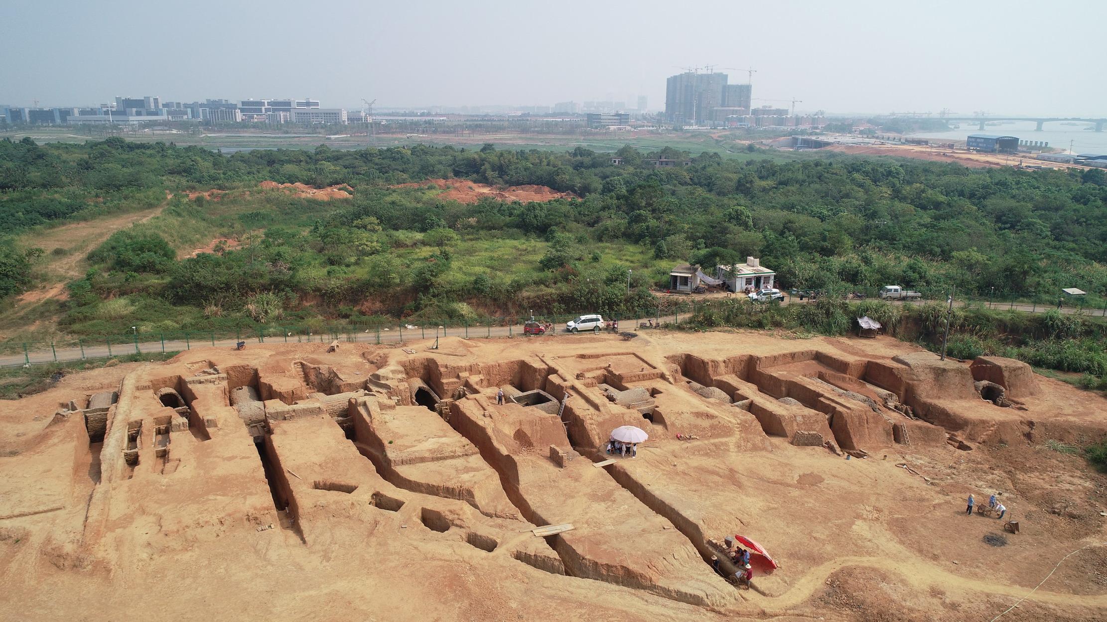 南昌发现罕见大型六朝墓群