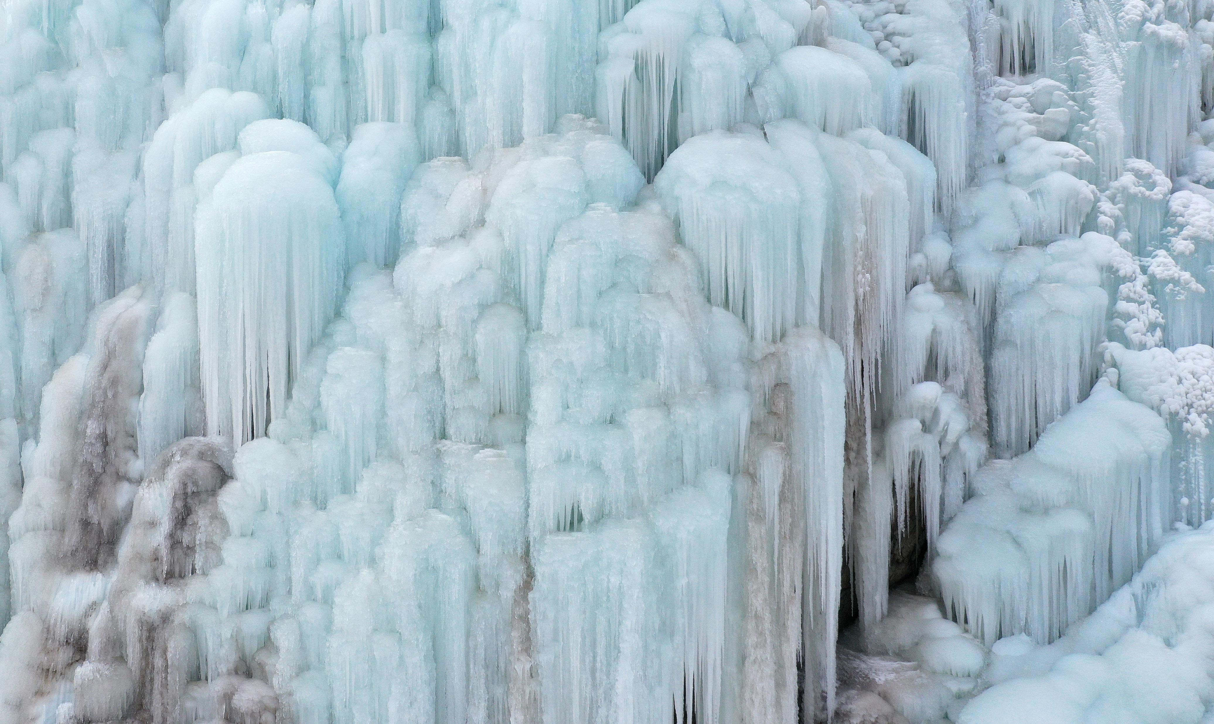 贺兰山冰瀑