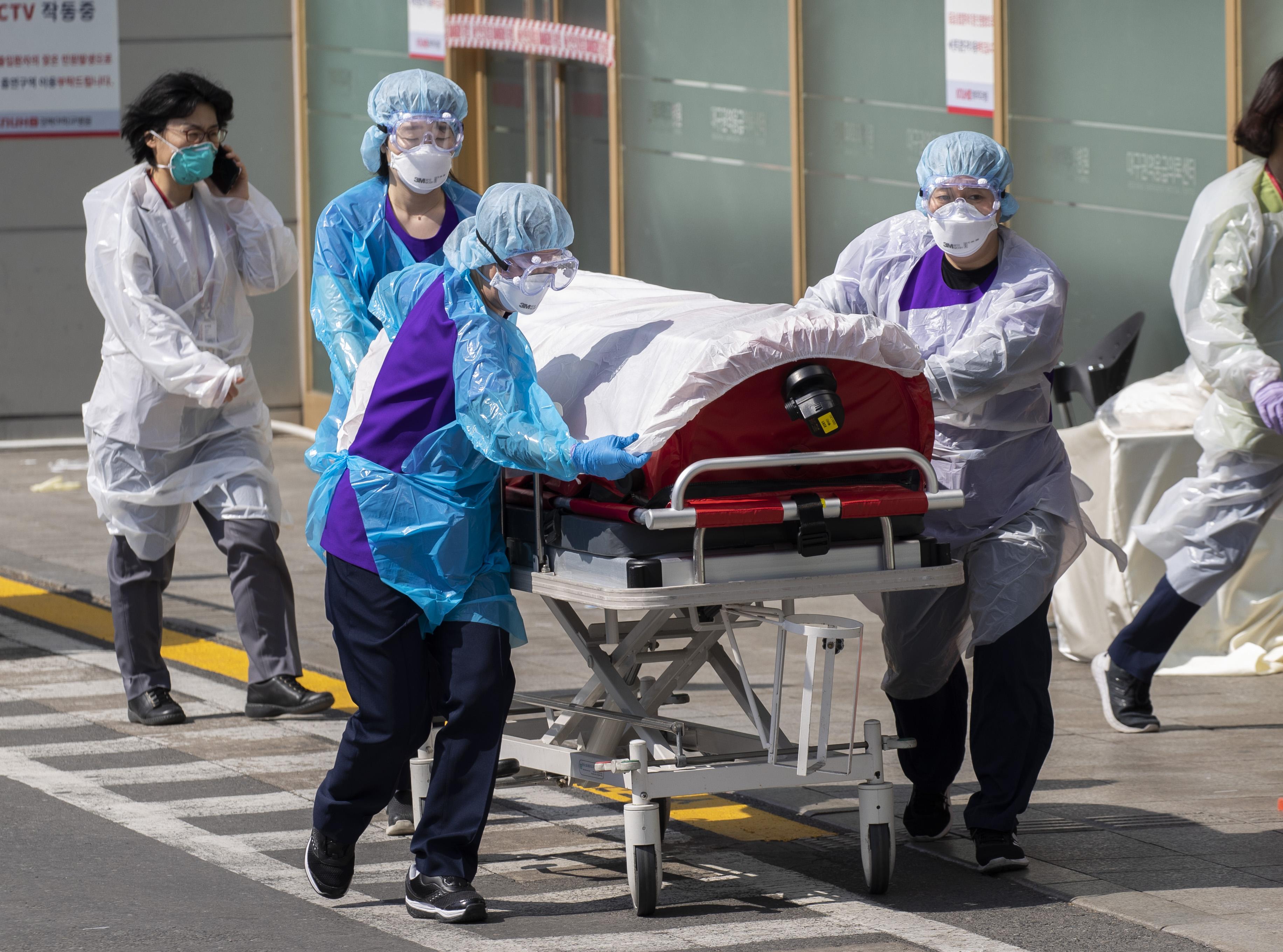 探访韩国大邱集中收治新冠肺炎重症患者的庆北大学医院