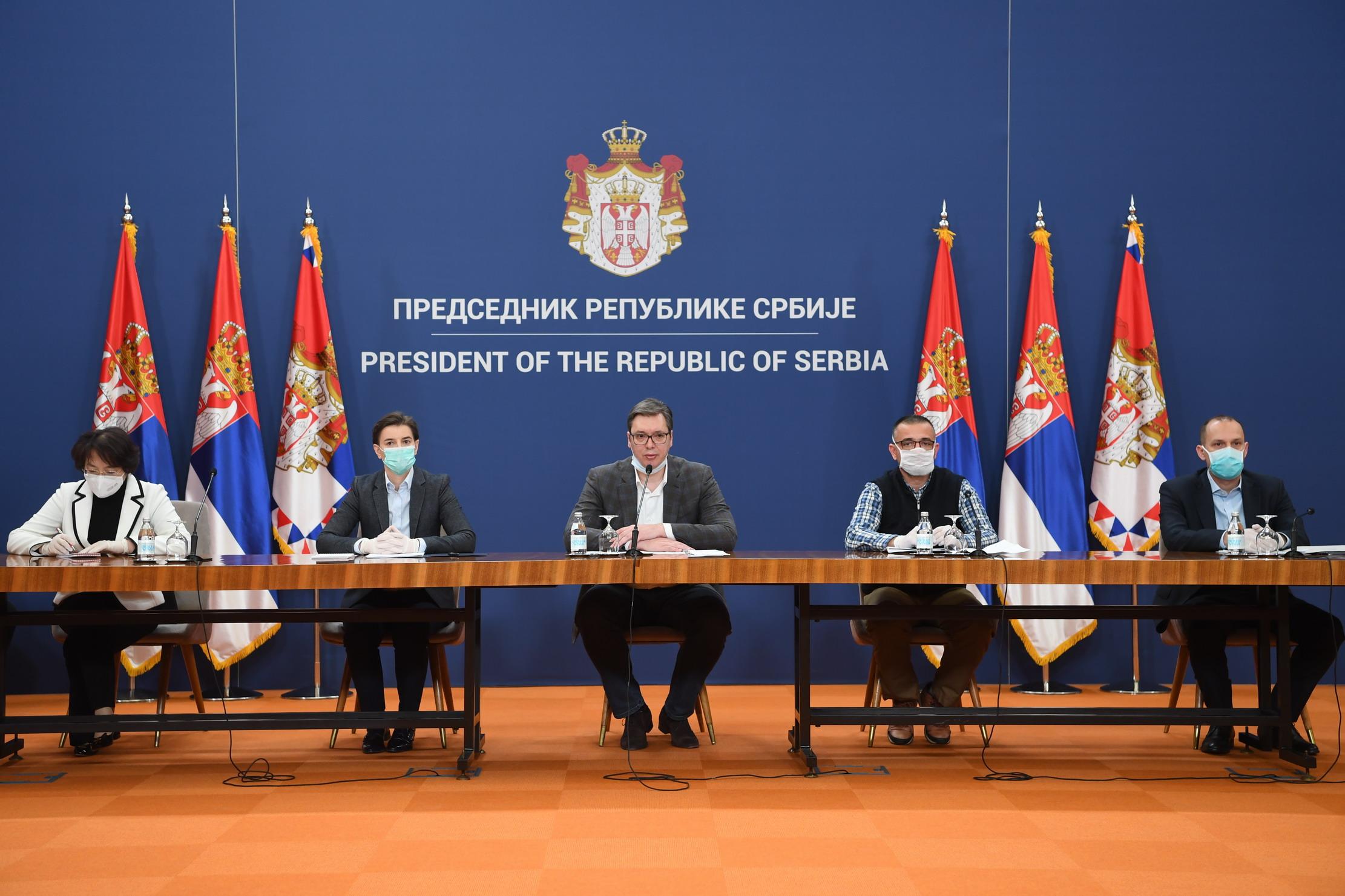 塞尔维亚采纳中国专家组建议 将扩大新冠病毒检测范围