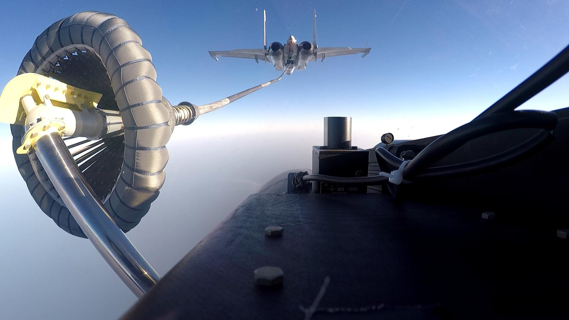 奋飞在新时代的海天——海军某舰载航空兵部队备战打仗记