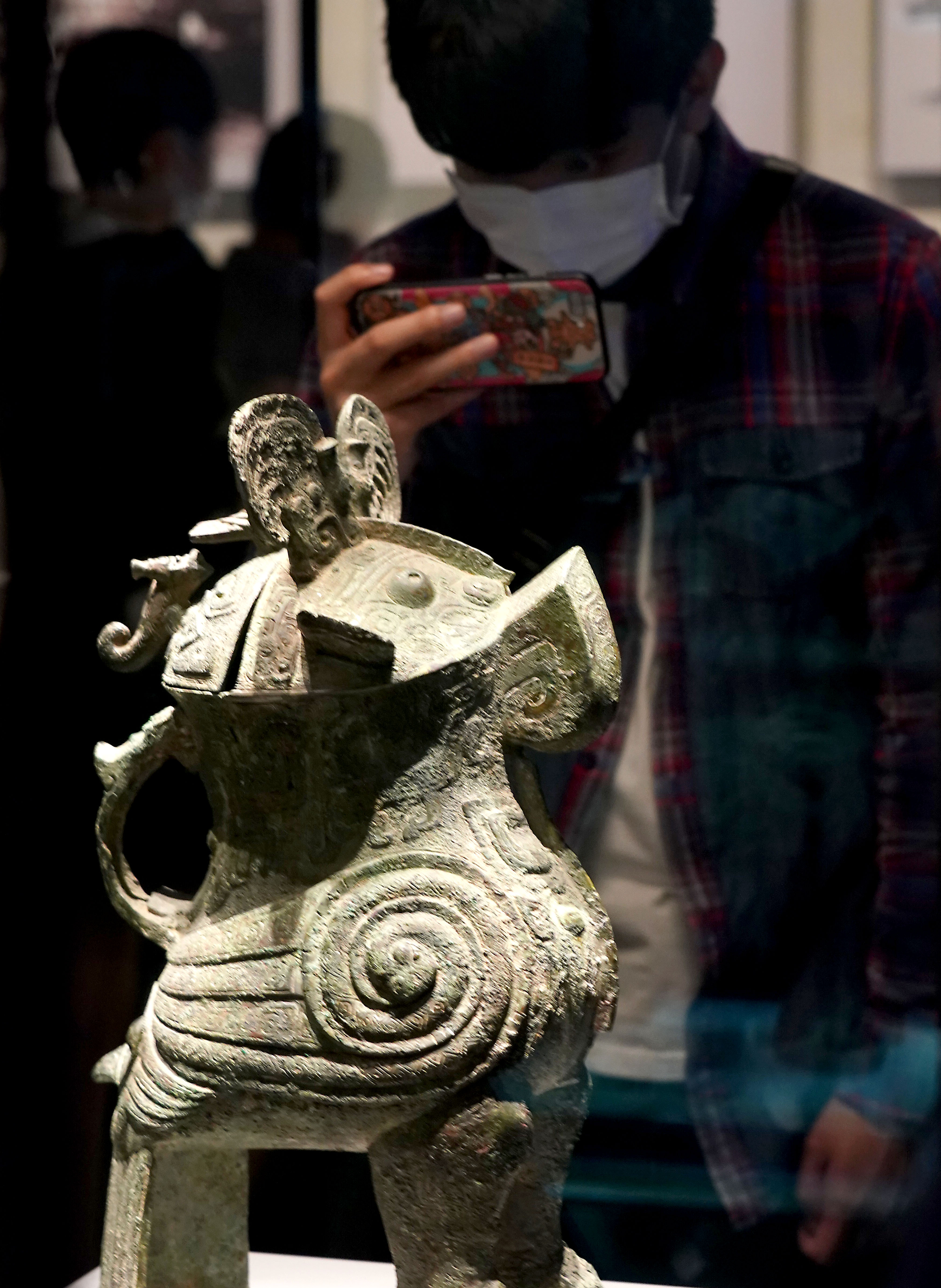 """国宝妇好鸮尊:三千年前的""""私人定制"""""""