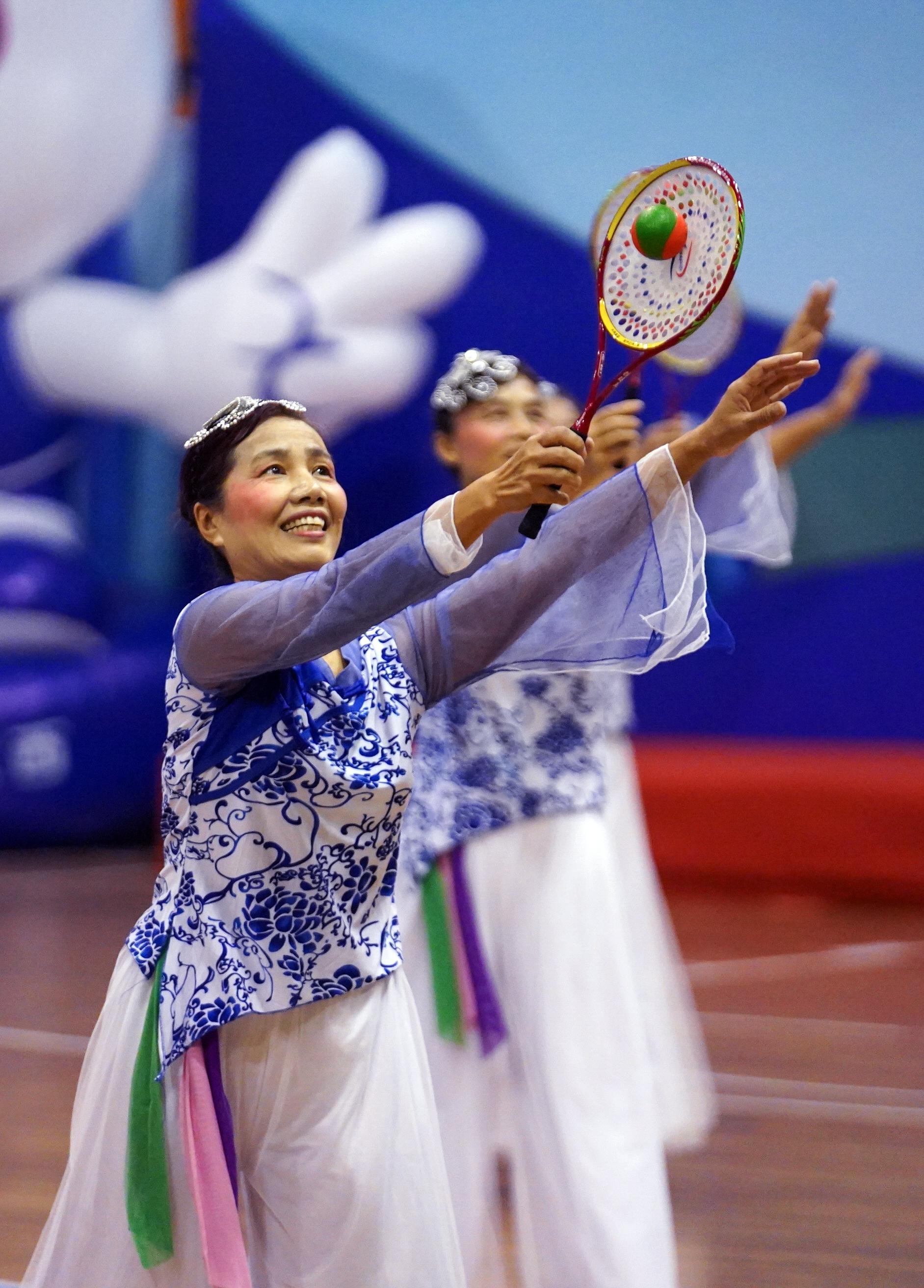 全民健身——江西省全民健身运动会柔力球比赛赛况?