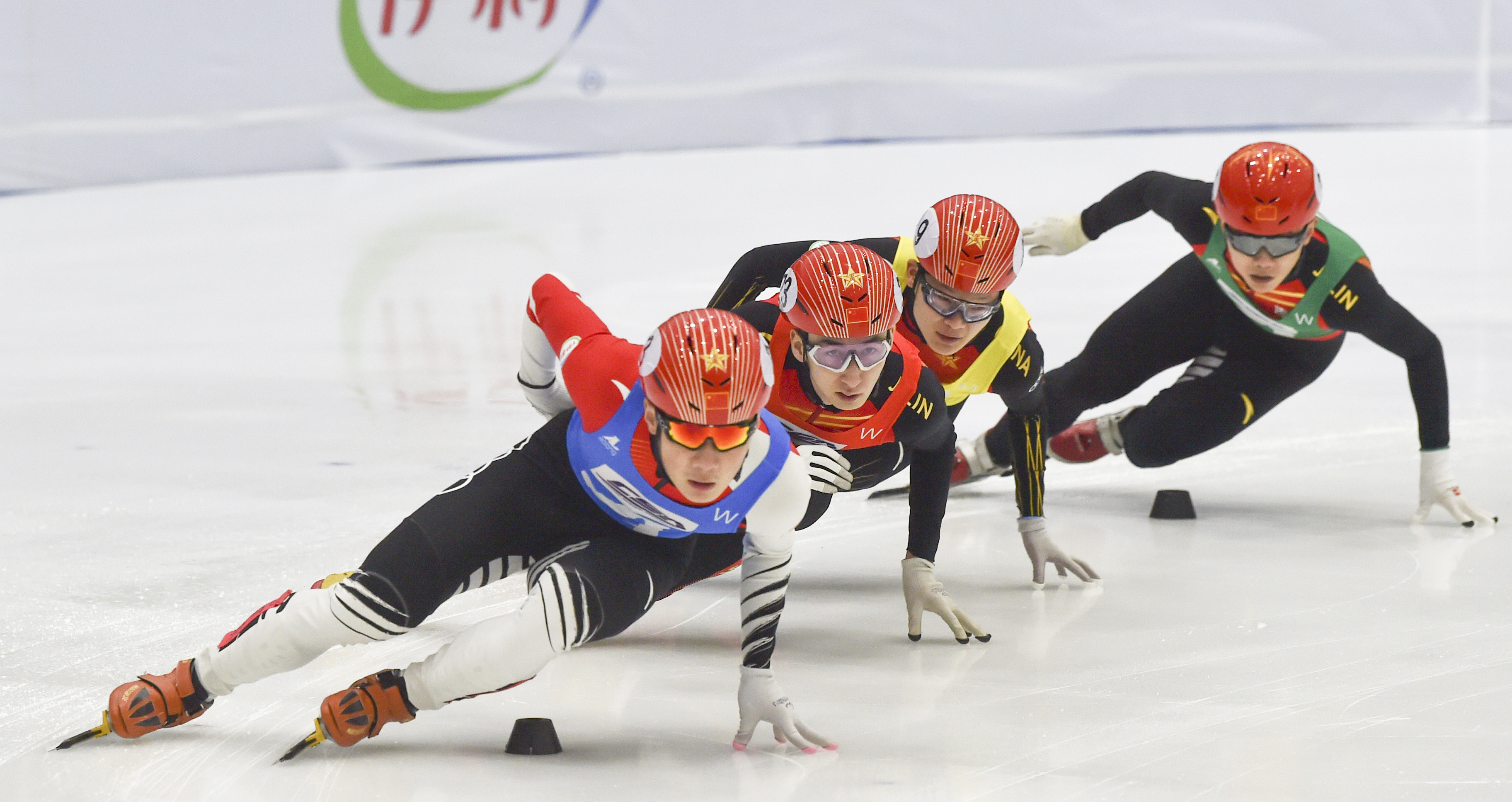 短道速滑——全国冠军赛:男女混合2000米接力决赛赛况