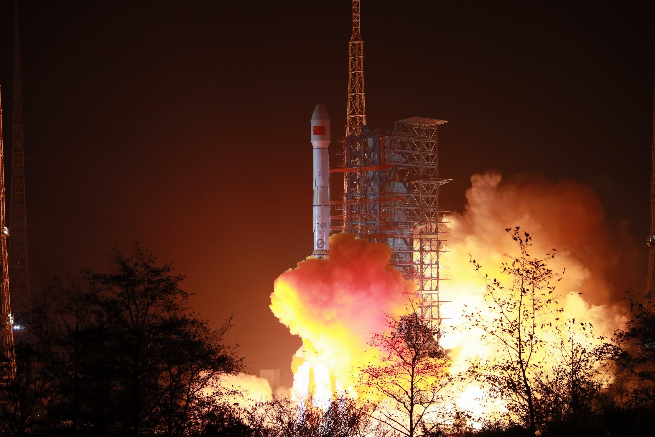 中国航天发射迎来2021年开门红!我国成功发射天通一号03星