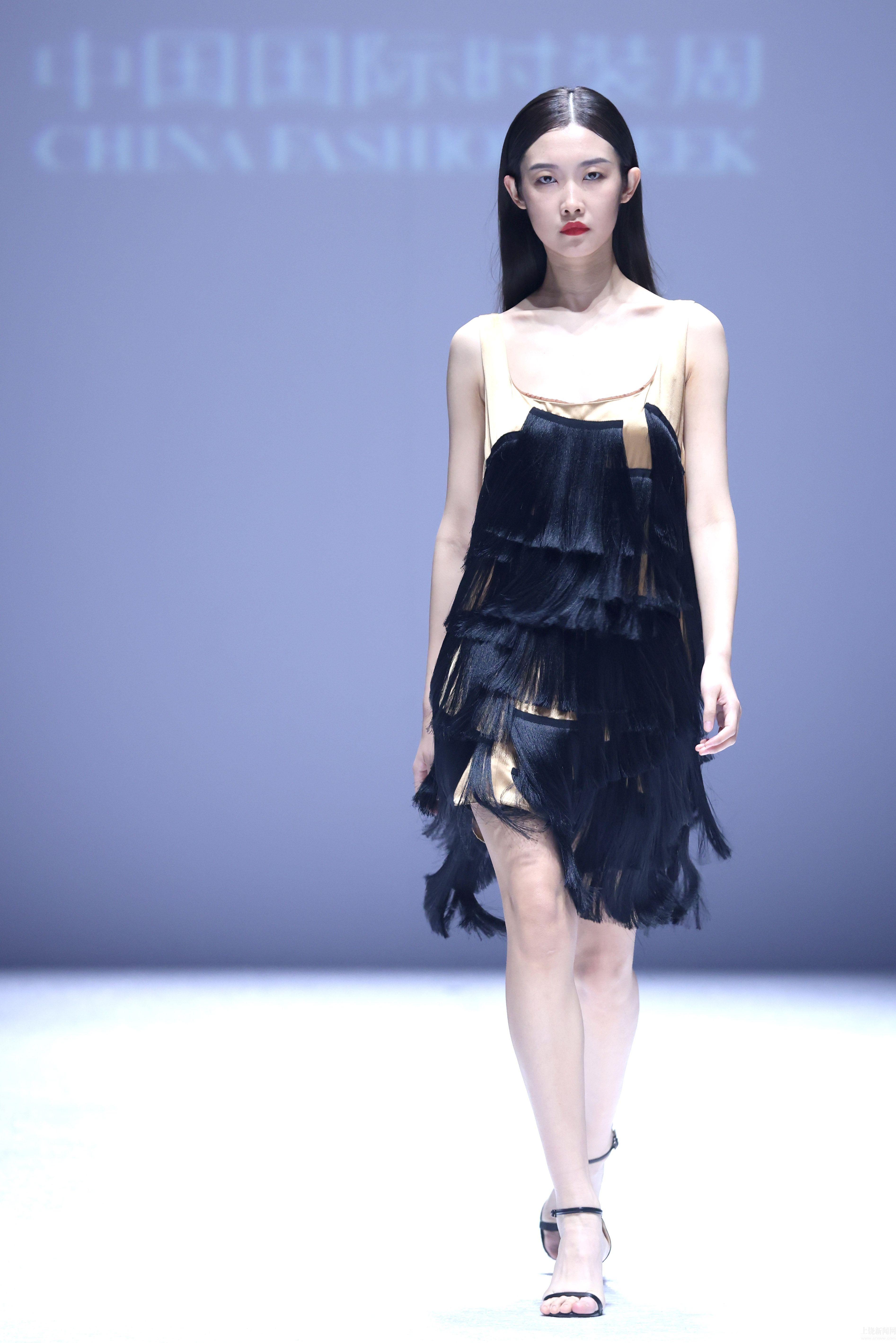 中国国际时装周拉开帷幕