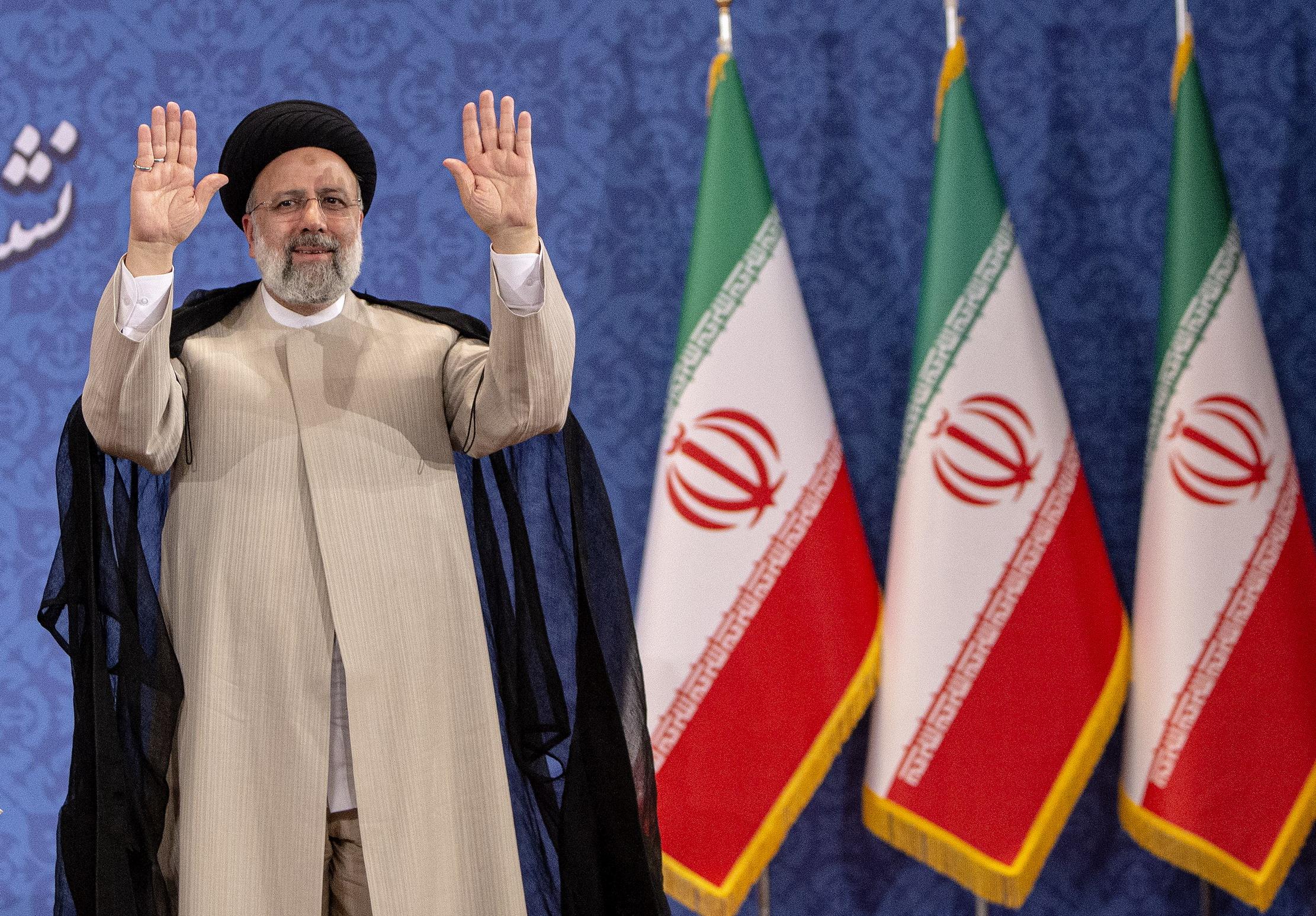 """伊朗当选总统说美国应解除所有对伊""""不公正制裁"""""""