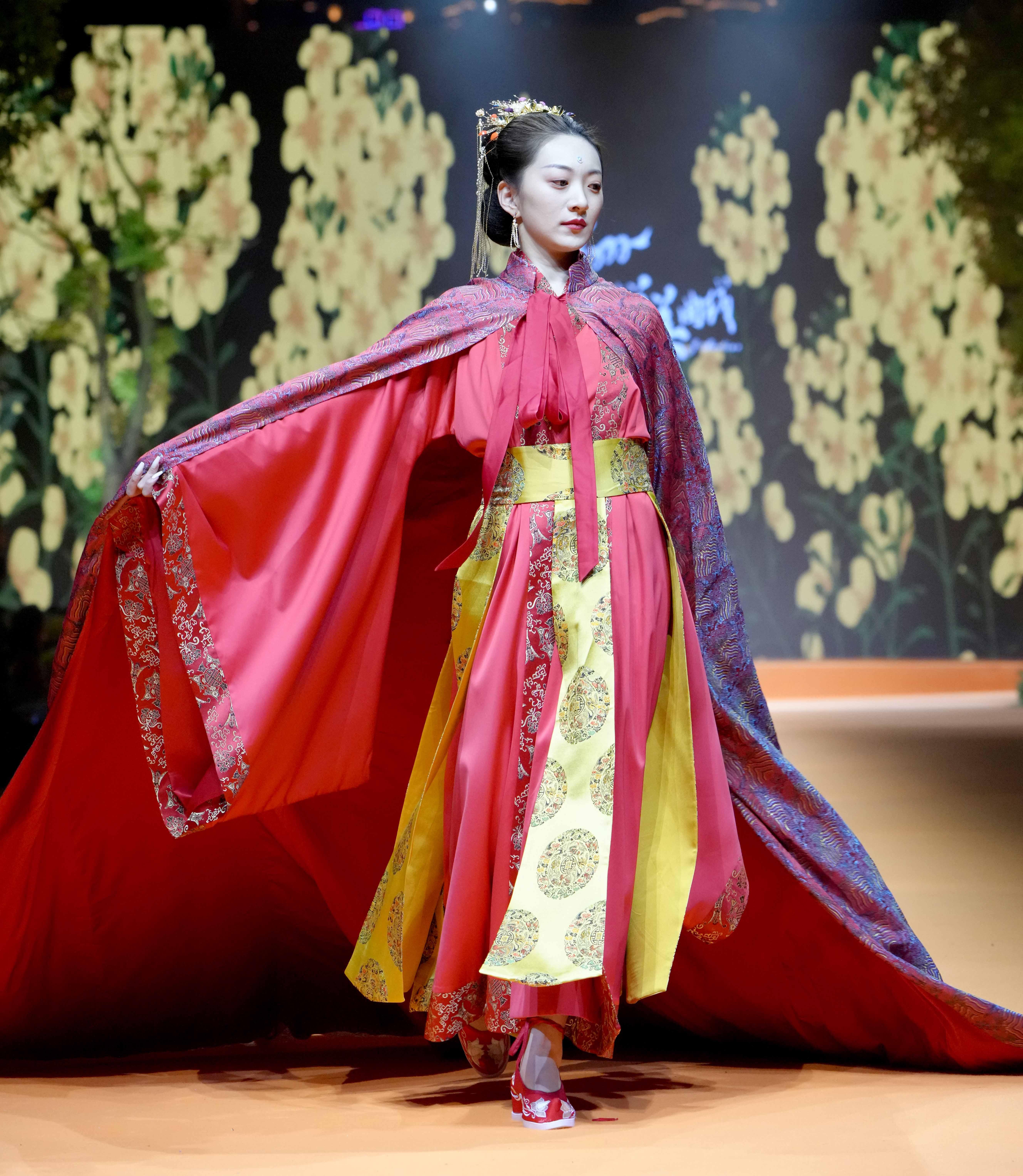 重庆国际时尚周落幕